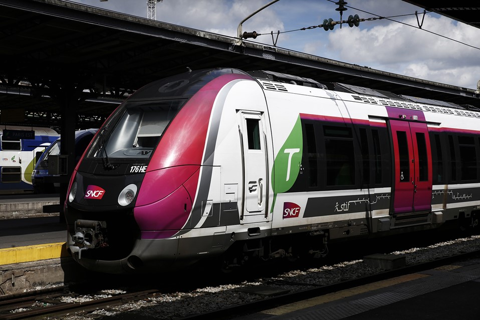 GIRO's HASTUS software is being implemented on all three SNCF's passenger rail networks, such as Transilien (RER).
